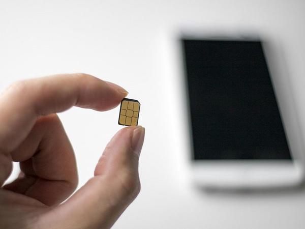 Xiaomi şirkəti daxili yaddaş həcminə sahib SIM kartın patentini aldı