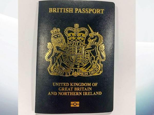 Böyük Britaniyada yeni pasportlar veriləcək