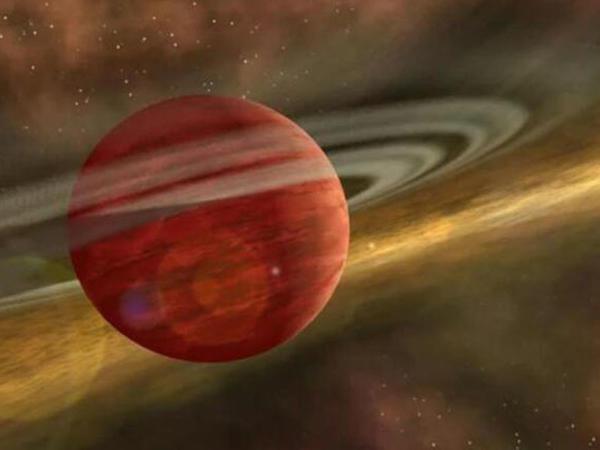 Yupiterdən 10 qat daha böyük gənc planet kəşf edildi