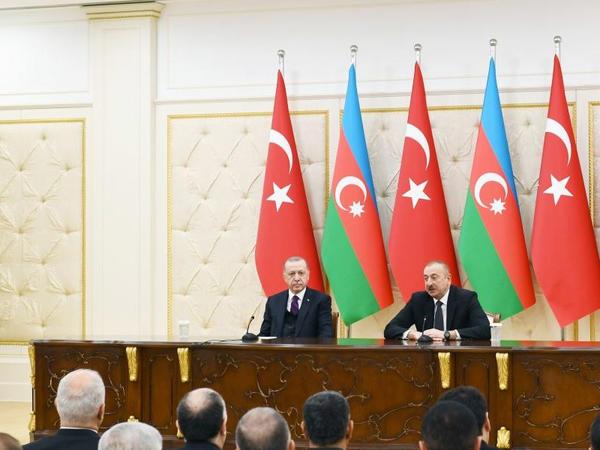 Prezident İlham Əliyev: Azərbaycan Türkiyədən müasir silahların alınmasını davam etdirəcək