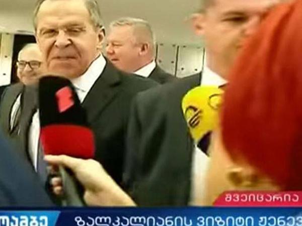 """Lavrovdan gürcü jurnalistlərə sərt reaksiya - <span class=""""color_red""""> """"Xəstəsiniz""""</span>"""