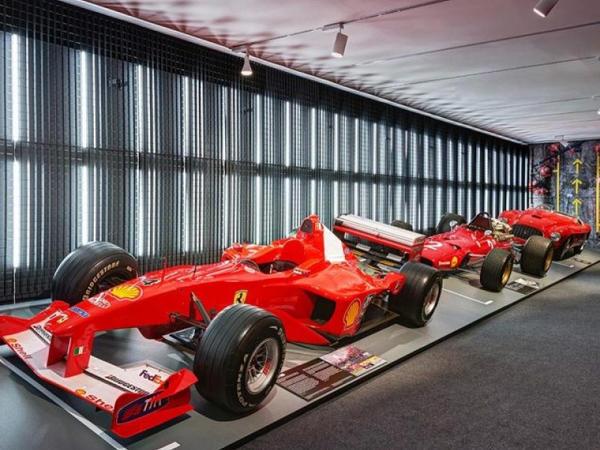 """""""Ferrari"""" Maranellodakı muzeyini bağlayıb"""