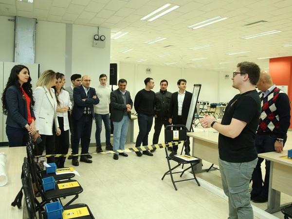 """Sahibkarlar arasında """"Zavod"""" biznes-oyunu təşkil edilib - FOTO"""