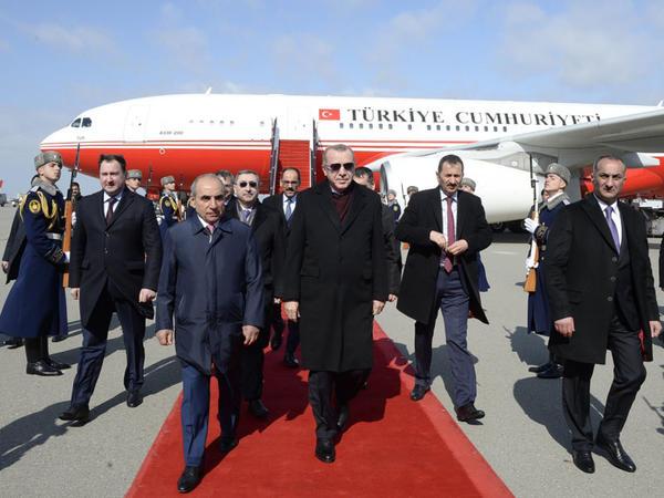 Ərdoğan Azərbaycana səfərə gəlib - FOTO