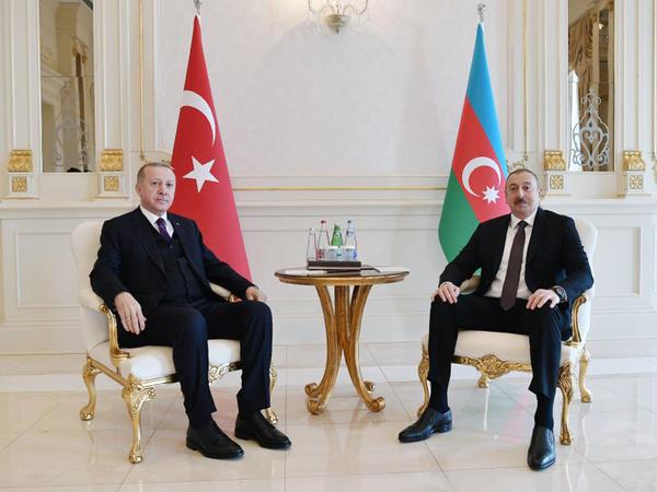 Azərbaycan Prezidenti İlham Əliyevin Ərdoğan ilə təkbətək görüşü olub - FOTO