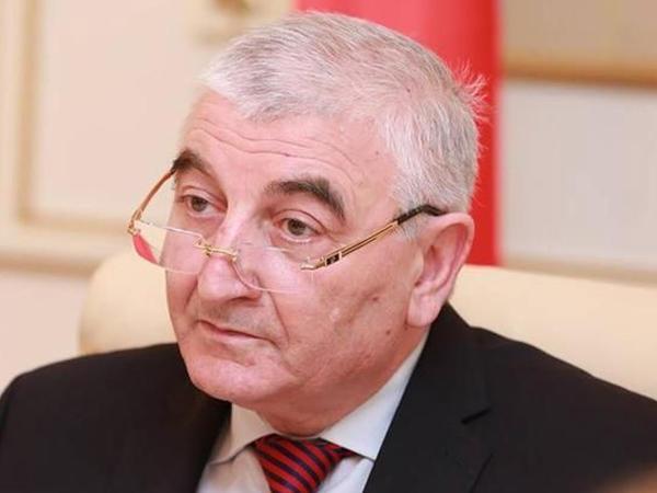 """Parlament seçkiləri Azərbaycanda tarixində mühüm bir hadisə oldu – <span class=""""color_red"""">Məzahir Pənahov</span>"""