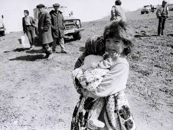 24 ildən sonra bu şəkildəkiləri tapıb danışdırdılar - FOTO
