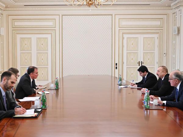 Prezident İlham Əliyev ABŞ Dövlət katibinin enerji diplomatiyası üzrə müavininin müşavirini qəbul edib - FOTO