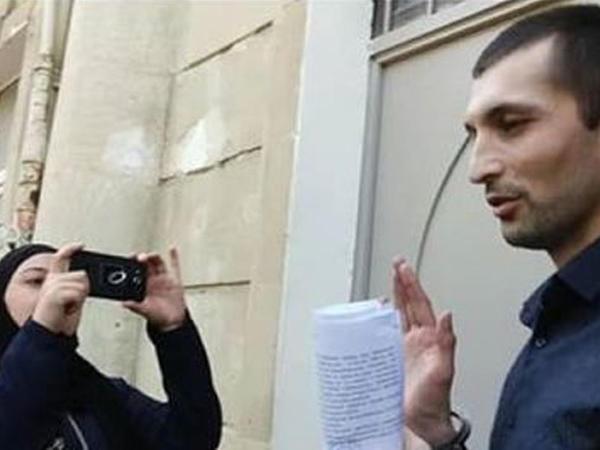 """Polad Aslanovu kimlər """"siyasi məhbus"""" etmək istəyirlər? - """"Ultra-liberalların"""" başındakı """"əmmamə"""" - FOTO"""