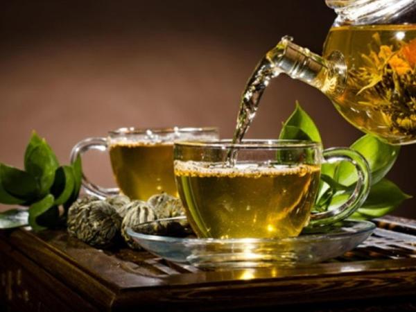 Bu bitki çayı ilə şiddətli öskürəkdən xilas olun!