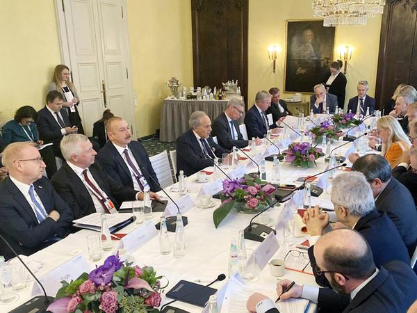 Avropanın enerji təhlükəsizliyi: Azərbaycan Prezidentinin Münxen mesajları fonunda
