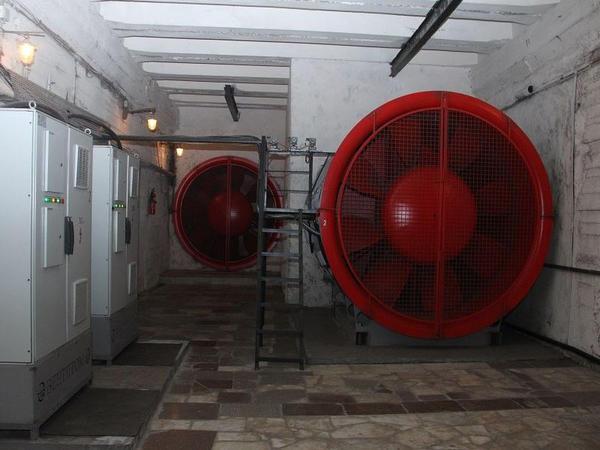 """Bu il metroda 10 yeni güclü ventilyator alınaraq quraşdırılacaq - <span class=""""color_red"""">FOTO</span>"""