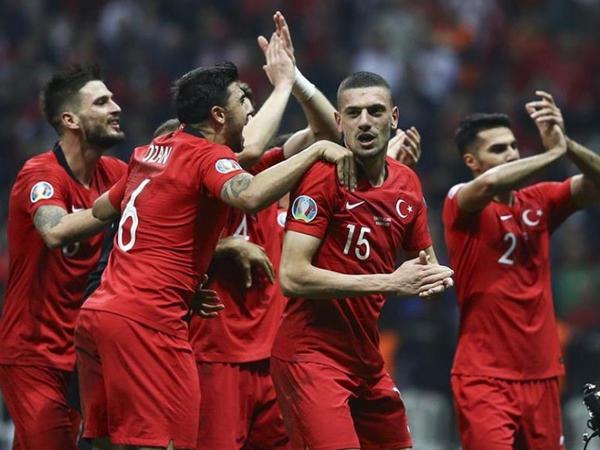 Türkiyə, İsveçrə və Uels Bakıda bu stadionları seçdi
