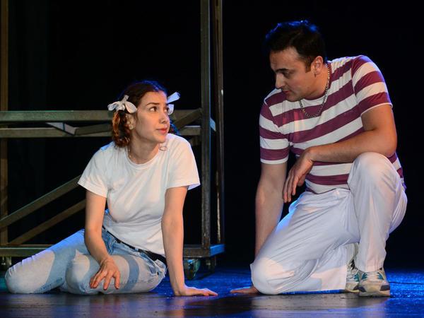Gənc Tamaşaçılar Teatrında Xocalı faciəsi yad edildi - FOTO