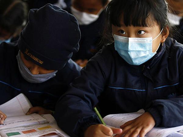 """""""Koronavirusun 10 yaşından aşağı uşaqlarda öldürücü təsiri yoxdur"""""""