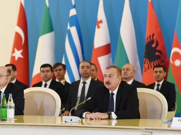 Prezident İlham Əliyev: Azərbaycan özü və qonşuları üçün enerji təhlükəsizliyini təmin edən ölkədir