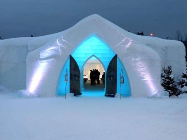 Buz və qardan tikilmiş otel - FOTO