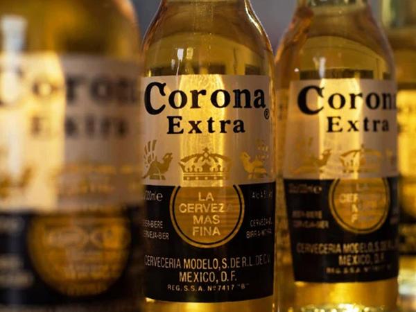"""Virusa görə &quot;Corona&quot; pivəsini alanların sayı azalıb - <span class=""""color_red"""">Şirkət iflasa gedir</span>"""