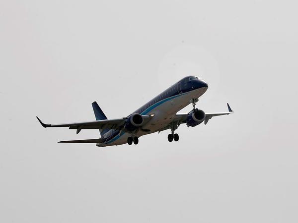 AZAL Tehrana uçuşları dayandırır