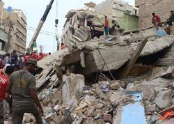 """Pakistanda bina uçuldu - <span class=""""color_red"""">Dağıntılar altında ölənlər var</span>"""