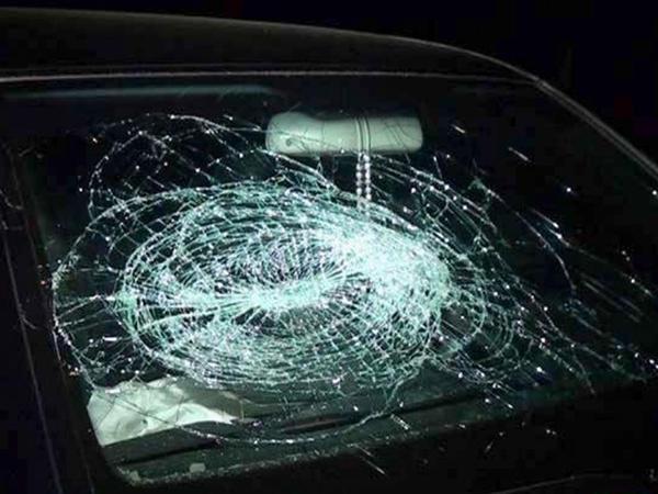 """""""VAZ-2107"""" aşdı, sürücü yaralandı - FOTO"""