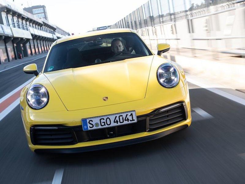 Porsche 911 modelinin hibrid versiyasının sınaqlarına başlayıb - FOTO