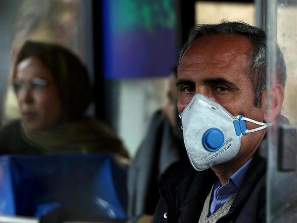 İranda koronavirusa yoluxanların sayı 2,2 milyona çatıb
