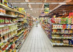 Marketlərdə alıcılara qablaşdırılmamış məhsulları götürmək qadağan edildi