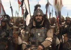 Monqol xanları arasında İslam dinini qəbul etmiş ilk şəxs kim olub?