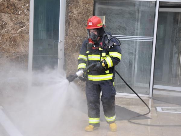 FHN Bakının müxtəlif ərazilərində dezinfeksiya işləri aparır - VİDEO - FOTO