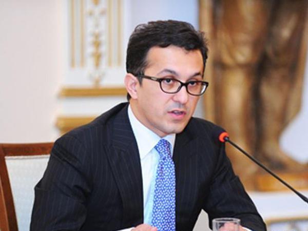 Ramin Məmmədov: Biz dəfələrlə bu cür taleyüklü anlarda Azərbaycan xalqının bir yumruq kimi birləşdiyinin şahidi olmuşuq