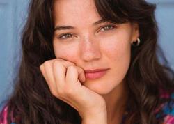 Aktrisanın doğması koronavirusdan öldü