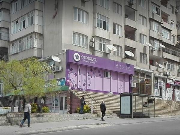 Bakıda xüsusi karantin rejimini pozan gözəllik salonu aşkarlandı - VİDEO