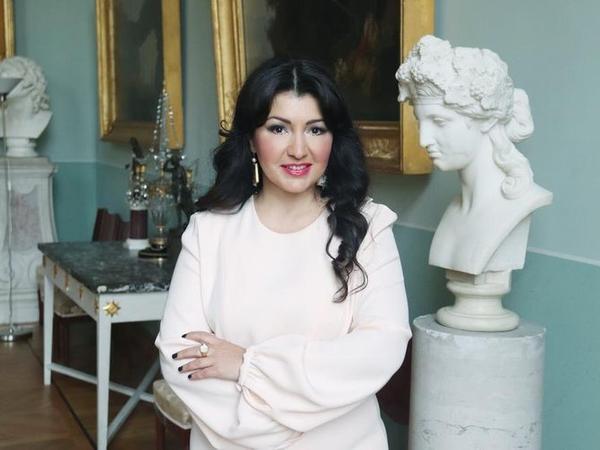"""Oqtay Şirəliyevin qızı: """"Dedi-qodulara sərf olunan resurslara heyfim gəlir"""" - MÜSAHİBƏ"""