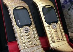 """Dünyanın ən bahalı telefonunu kim işlədir? - <span class=""""color_red"""">Cəmi bir ədəd istehsal olunub</span>"""