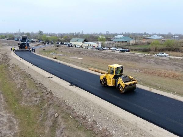 8 km uzunluğa malik avtomobil yolu yenidən qurulur - FOTO