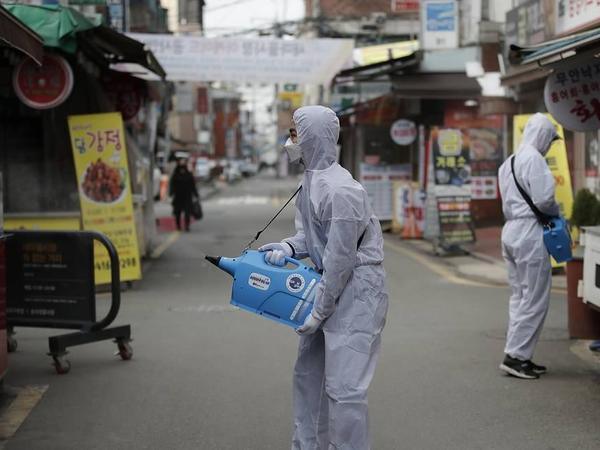 Cənubi Koreyada koronavirusa yoluxanların sayı 10 mini ötüb
