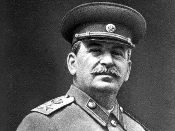 """""""Xalqlara epidemiya göndərəcəklər"""" - <span class=""""color_red"""">Stalinin koronavirus proqnozu üzə çıxdı</span>"""
