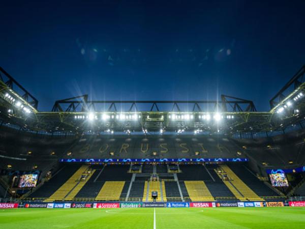 Məşhur klub stadionunu xəstəxanaya çevririr