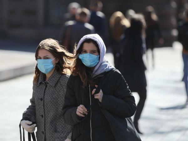 Böyük Britaniyada koronavirusdan ölənlərin sayı 700 nəfərdən çox artıb