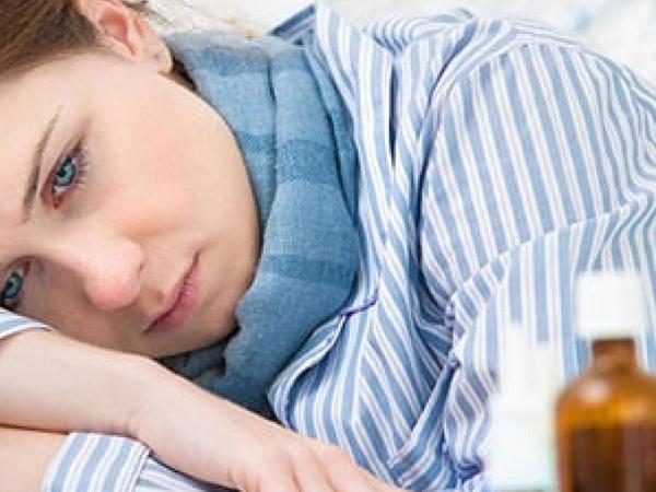 İpoxondrik adamlarda koronavirusun yalançı simptomları başlayır