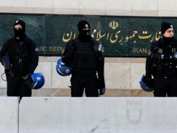 """İranlı dissidenti İstanbulda kim öldürüb? - <span class=""""color_red"""">ABŞ rəsmi Tehranı ittiham edir</span>"""