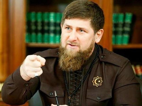 Ramzan Kadırov sürücünü döyən polisi mükafatlandıracaq