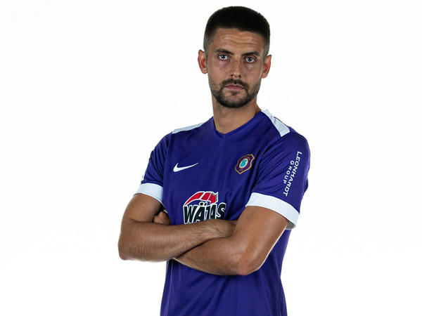 Almaniya klubu Nazarovla yeni müqavilə imzalayacaq
