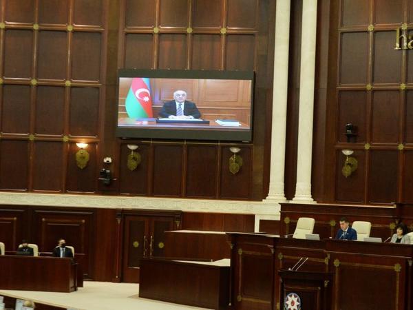 Baş Nazir Milli Məclisdə hesabat verib - YENİLƏNİB