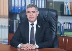 Vüqar Bayramov: Dövlətin yardım ödənişləri hər bir müəssisənin bank hesabına ödəniləcək