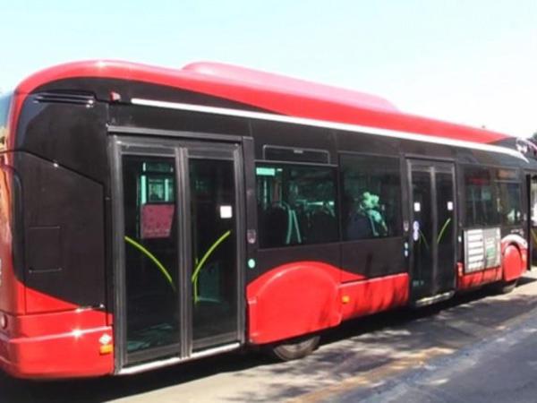 """&quot;Avtobus və dayanacaqlarda sərnişinlər sosial məsafəni gözləmir&quot; - <span class=""""color_red""""> BNA</span>"""