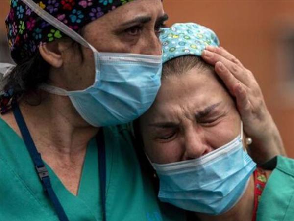 Bəzi insanların koronavirusu rahat keçirməsinin səbəbi bilindi