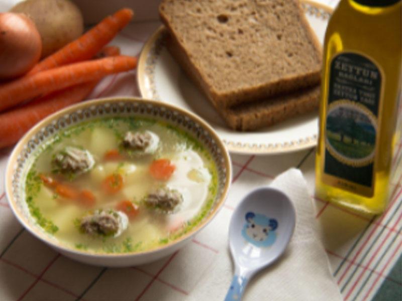 Verməşilli küftə şorbası (1 yaş +)