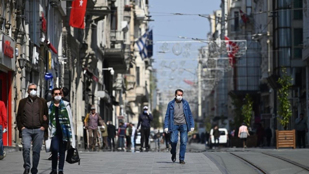 Türkiyənin 31 vilayətində üç günlük komendant saatı qüvvəyə minib
